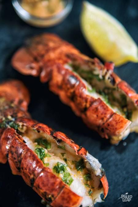 lobster-sriracha-sauce-main